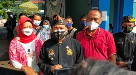 Plt Wali Kota Cimahi Tinjau Gebyar Vaksinasi STIKES Budi Luhur