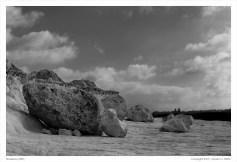 Boulders along the shoreline, Qammieħ