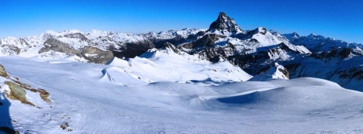 Panorámica desde la cresta que va del Col de Astún al Pico Astún