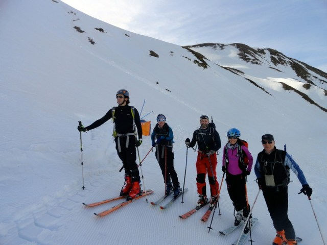 Foto de grupo, al inicio de la primera subida