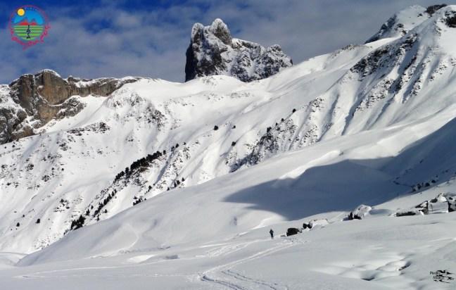 Vista del Midi d' Ossau con sus dos cumbres