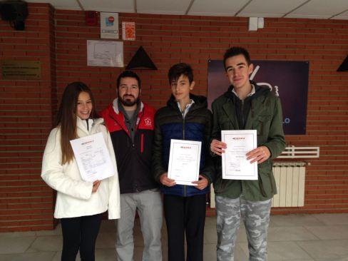 Daniela Elordi, Adrián Rodríguez e Iñaki Arrese.