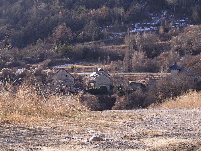 800px-Saqués,_Biescas,_Huesca