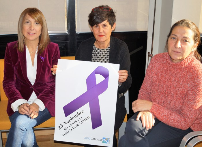 Berta Fernández, Lourdes Arruebo y Araceli Escartín.