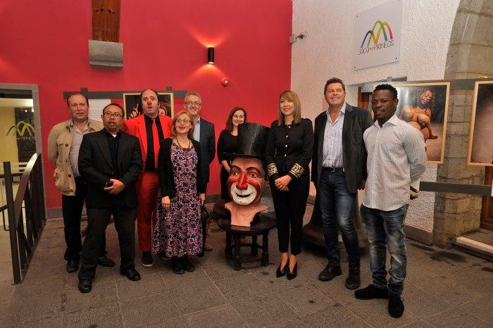 Los clowns protagonistas del encuentro internacional junto a Berta Fernández, Juan Manuel Ramón, Olvido Moratinos y Santiago Tomás (Autor-Pablo Otin)