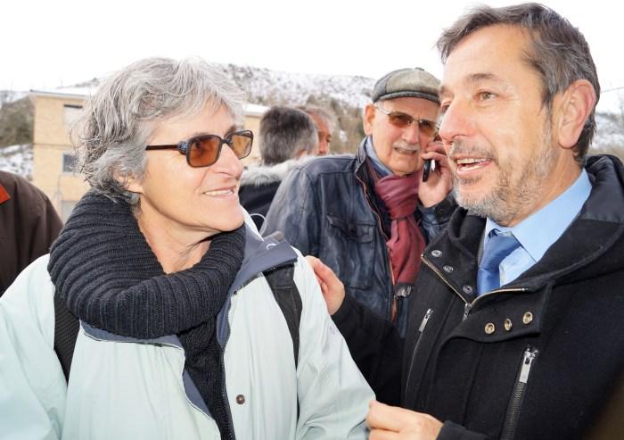 Teresa Pueyo, junto al alcalde. (FOTO: Rebeca Ruiz)