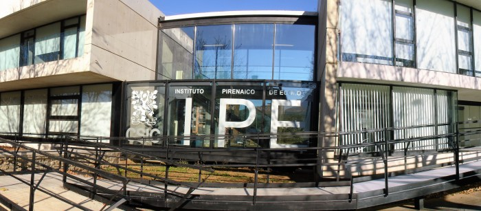 SEDE. Instalaciones del Instituto Pirenaico de Ecología en Jaca, escenario de la carrera profesional de Daniel Gómez . (FOTO: IPE)