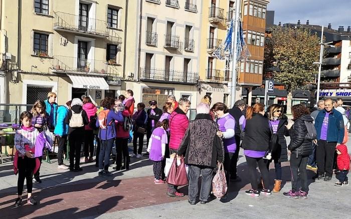 Marcha violencia mujer jacetania (6)