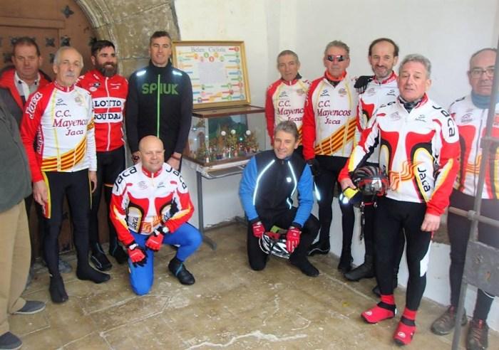 ULLE. Los participantes en el belén ciclista de 2018. Este año, el belén se colocará en Navasa.