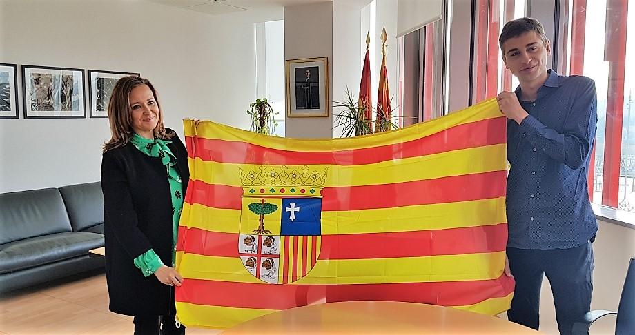 El Gobierno de Aragón muestra su apoyo a Daniel Osanz, tricampeón del mundo de carreras de montaña