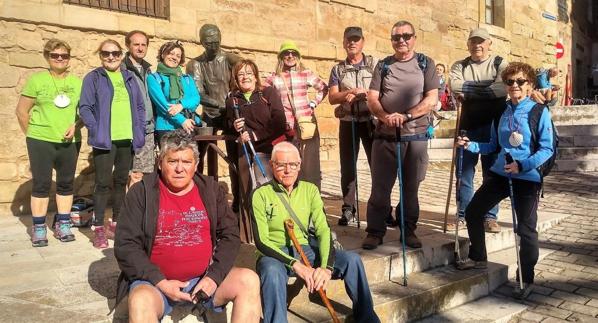 'Amigos del Camino de Santiago' de Jaca, por la ruta jacobea en tierras riojanas