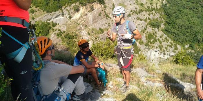 ESCALADA. Primer Encuentro de Escalada y Montaña Valle de Tena.