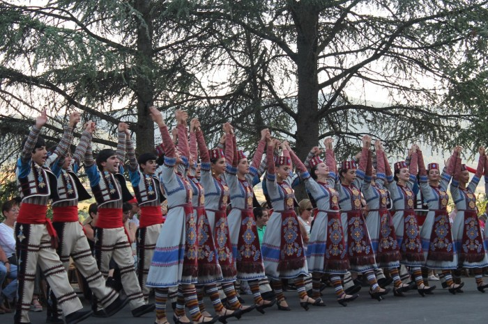 DESFILE. Festival Folklórico de los Pirineos. (FOTO: Javier Vaquerizo)