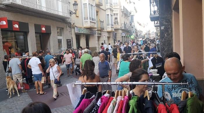 ACOMSEJA. Fiesta del Comercio en la Calle, en una edición anterior. Imagen de archivo. (FOTO: Rebeca Ruiz)