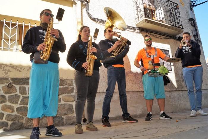 FIESTAS DE SANTA CILIA. Charanga Os Mozés. (FOTO: Rebeca Ruiz)
