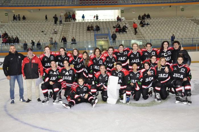 CH JACA. Equipo femenino. (FOTO: CHJ)