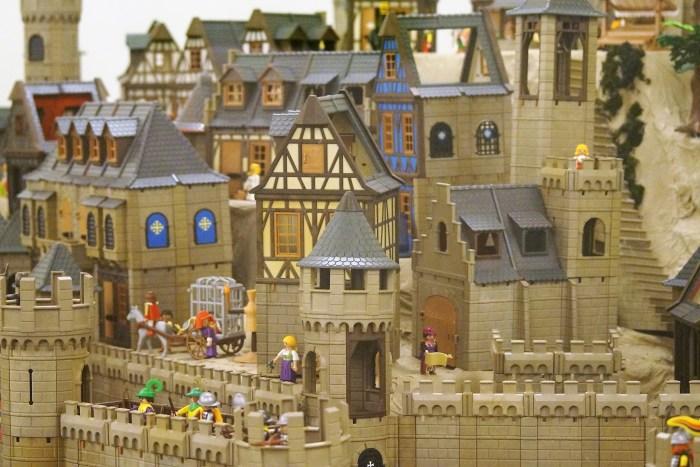 CLICKS. Detalle del espectacular diorama de París y los vikingos. (FOTO: Rebeca Ruiz)