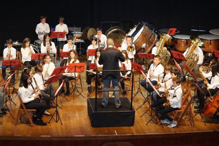 MÚSICOS. Un momento de la actuación de la Banda Juvenil. (FOTO: Rebeca Ruiz)