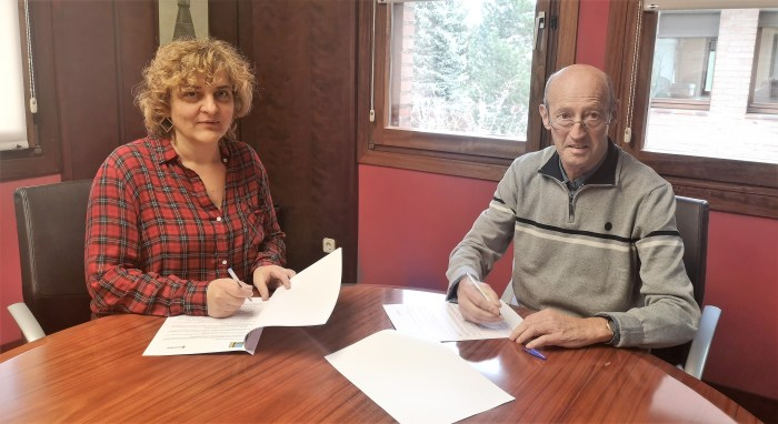 CRUZ ROJA. Montse Castán, presidenta comarcal, y Luis Castán, presidente de Cruz Roja.