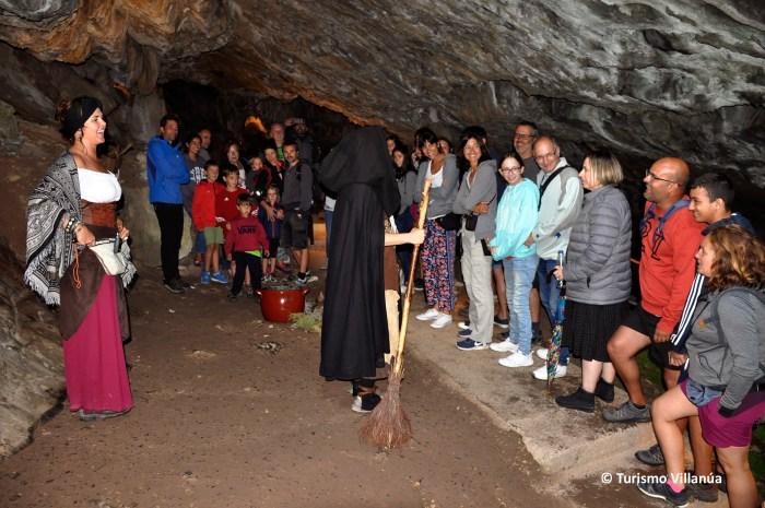 LAS GÜIXAS. Representaciones en las cuevas de Villanúa. (FOTO: Turismo Villanúa)