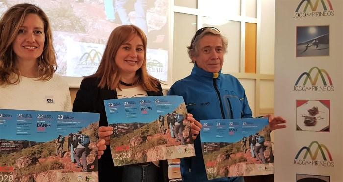 BANFF. Jara Lacadena, Olvido Moratinos y Luis Rodríguez Lardiés, durante la presentación en Jaca. (FOTO: Rebeca Ruiz)