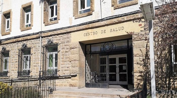 CENTRO DE SALUD DE JACA. Jaca no registra ningún caso oficial de coronavirus. (FOTO: javi del Pueyo)
