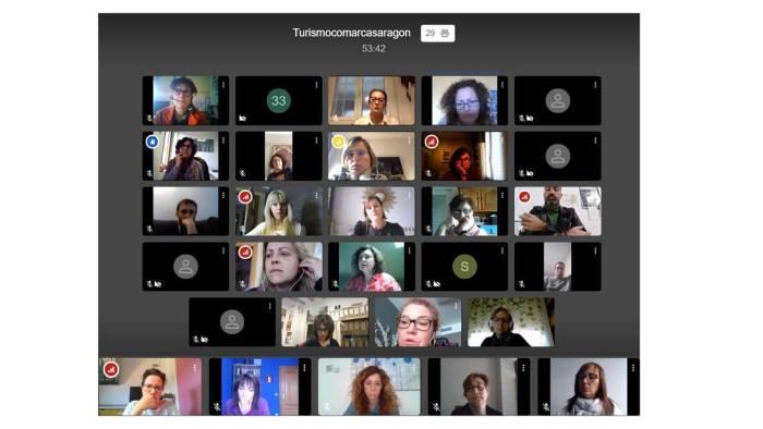REUNIÓN. Un momento del encuentro mantenido por videoconferencia y en el que han participado diferentes empresarios del sector turístico.