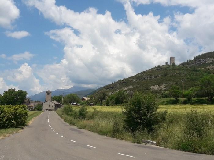 PUEBLOS CON ENCANTO. Rincones singulares a pocos kilómetros de Sabiñánigo. (FOTO: Oficina de Turismo de Sabiñánigo)