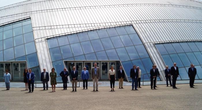 ENCUENTRO CON EL SECTOR TURÍSTICO. Los Reyes han mantenido una reunión con los representantes del sector turístico aragonés. (FOTO: Rebeca Ruiz)