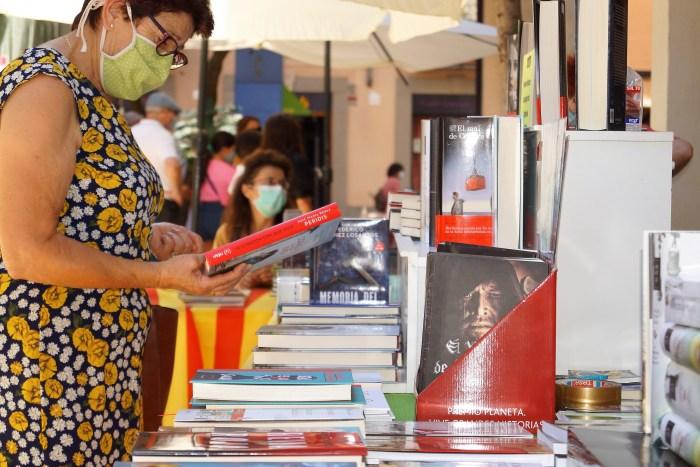 DÍA DEL LIBRO. Librería Dante. (FOTO: Rebeca Ruiz)