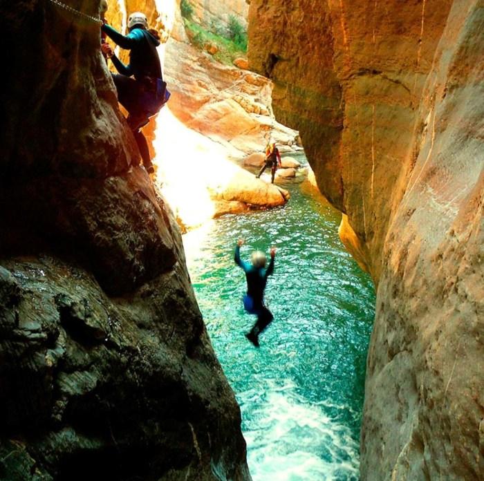 BARRANCOS. Deporte de aventura en la Tierra de Biescas.
