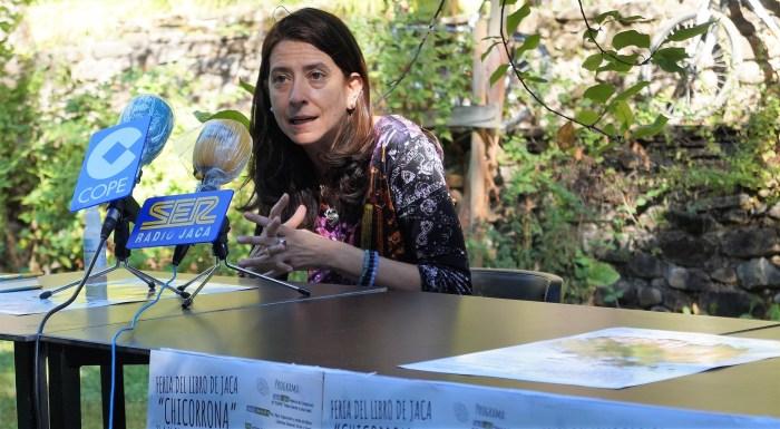 PRESENTACIÓN. Ana Merino, durante su intervención en el marco de Chicorrona. (FOTO: Rebeca Ruiz)