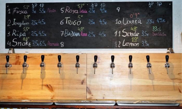 CERVECERÍA BORDA. En el establecimiento están disponibles 10 tipos de cerveza, todas de barril. (FOTO: Rebeca Ruiz)