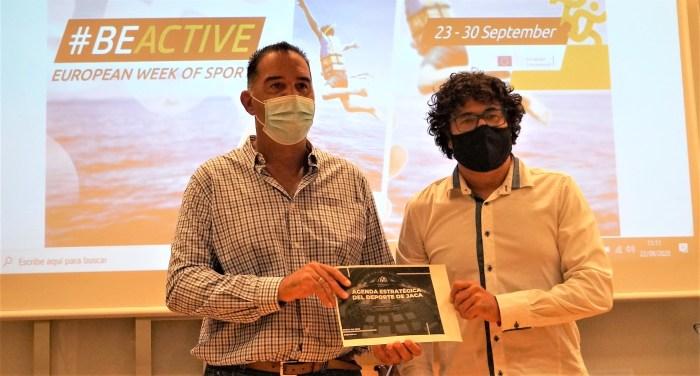 Domingo Poveda y Enrique Pérez Chaparro, durante la presentación de la Agenda Estratégica del Deporte de Jaca. (FOTO: Rebeca Ruiz)