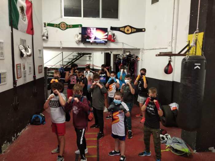 Jóvenes boxeadores del Club de Boxeo Conradi. (FOTO: Club Boxeo Conradi)