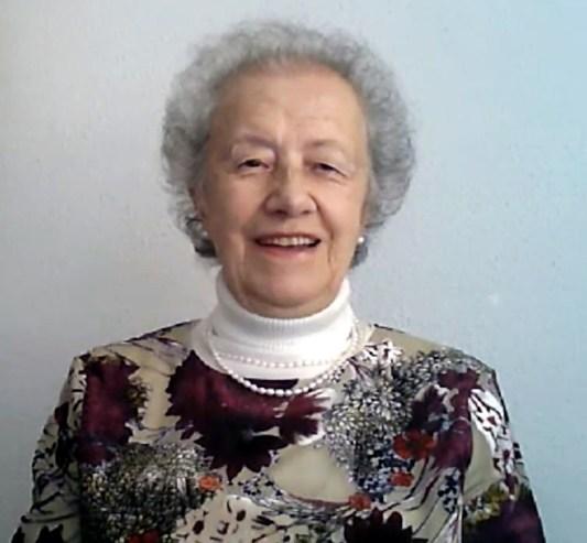 María Josefa Yzuel.