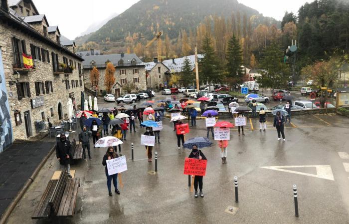 Un momento de la manifestación de la hostelería en Sallent.