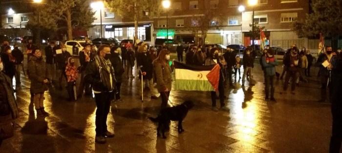 Concentración por el pueblo saharaui en Sabiñánigo.
