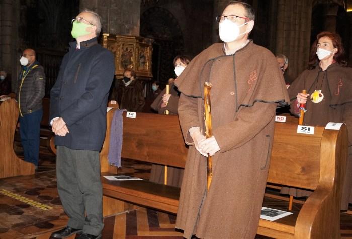 Juan Manuel Ramón y Javier Gazapo, durante el acto en la Catedral. (FOTO: Rebeca Ruiz)