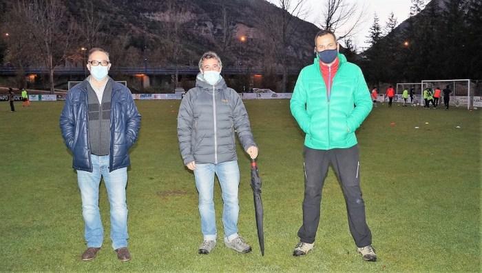 De izda. a dcha., Blasco, De Etura y Giral, en las instalaciones. (FOTO: Rebeca Ruiz)