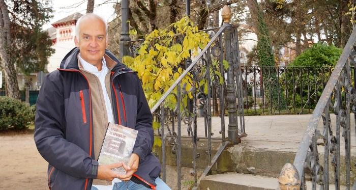 Ricardo Galtier-Martí, autor de Nadie se aperará en Turuñana, camino de Canfranc. (FOTO: Rebeca Ruiz)