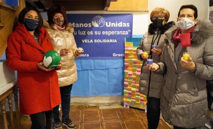 María José Piñeiro, junto a otras voluntarias de Manos Unidas Jaca: Pepa Urieta, Marisa López e Inmaculada Gracia. (FOTO: Rebeca Ruiz)