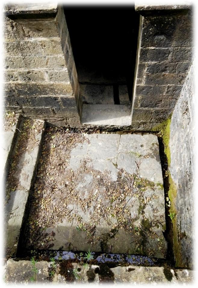 Del nilómetro de San Adrián de Sasabe al laberinto de San Pedro de Siresa: los enigmas del Grial