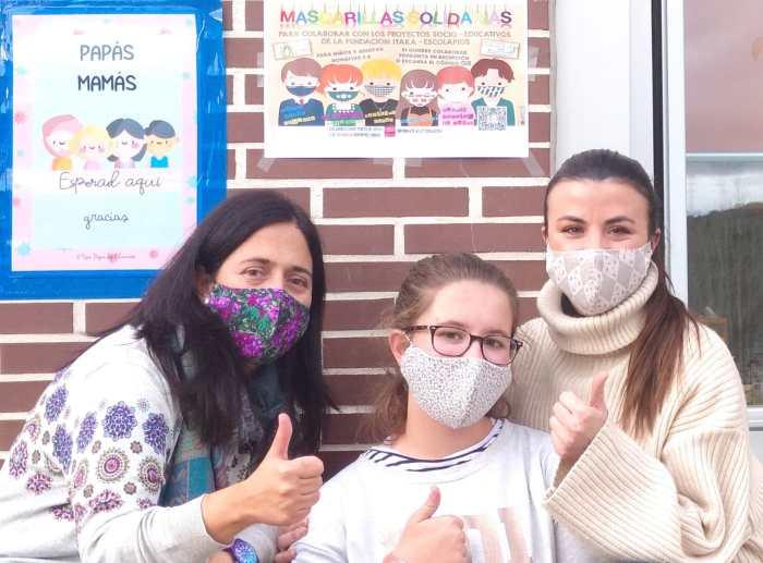 Las mascarillas solidarias de Escuelas Pías se pueden encargar online o en Deportes Chuss. (FOTO: Escuelas Pías de Jaca)