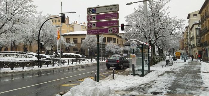Aragón pasa a nivel de alerta 3 agravado con más restricciones y cierres a las 20.00 horas. En la imagen, Jaca tras las últimas nevadas. FOTO: Rebeca Ruiz