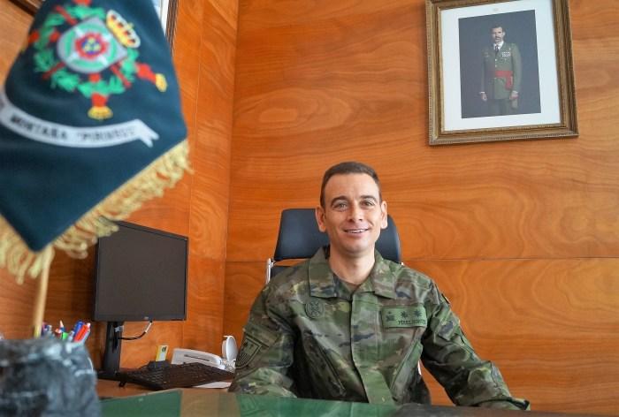 Teniente Coronel Alberto Pérez Montes, jefe del Batallón Pirineos y responsable del GTLP Oroel, que desplegará en el Líbano. (FOTO: Rebeca Ruiz)