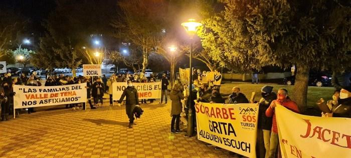 El Pirineo ha querido unirse en la concentración de Sabiñánigo. (FOTO: Rebeca Ruiz)