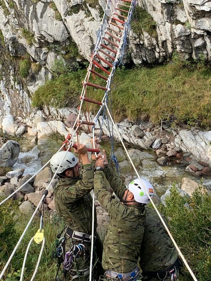 Clausura en Jaca del I Curso Básico de Montaña para Tropa del Ejército de Tierra con 37 diplomados