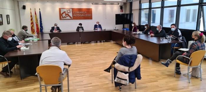 Empresarios, asociaciones e instituciones del Alto Gállego piden más ayudas y menos impuestos. (FOTO: Rebeca Ruiz)