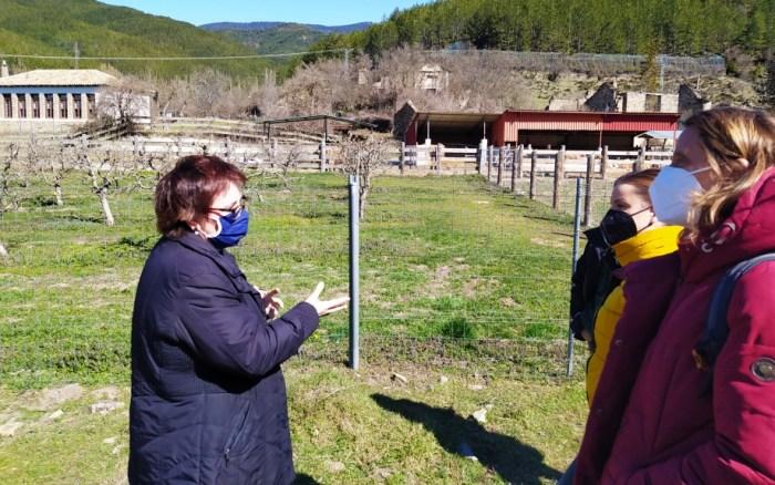 Un momento de la visita de la consejera Maru Díaz a las instalaciones. (FOTO: Gobierno de Aragón)